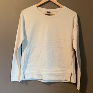 3 for $20! Gap pullover sweater